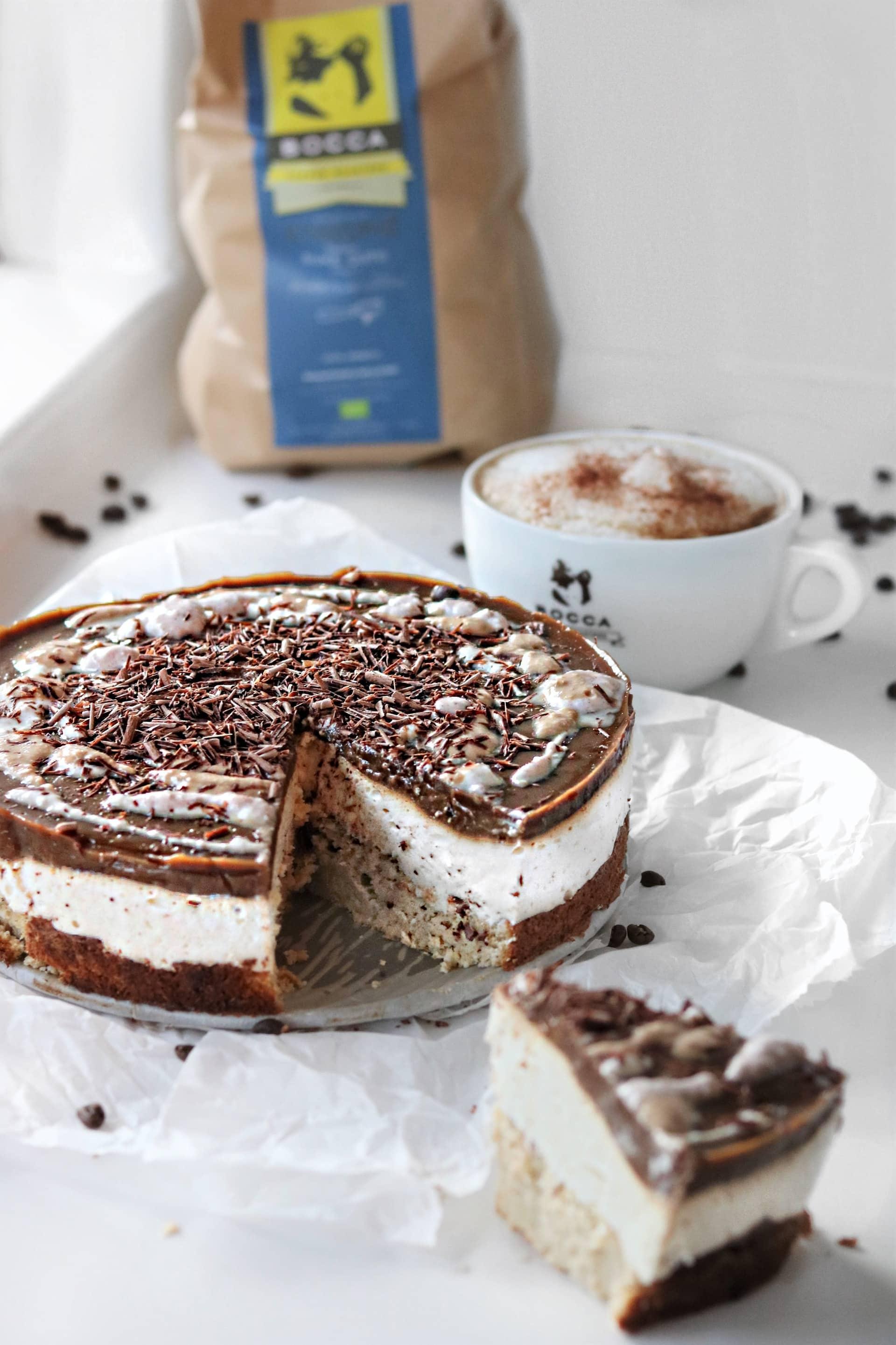 Koffie Cheesecake met een Swirl van Amandelschuim