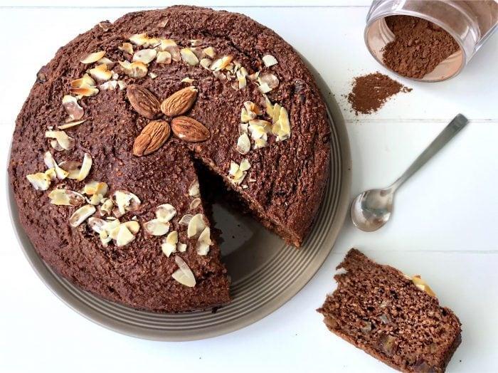 Gezonde Chocolade Cake zonder geraffineerde suikers, glutenvrij en lactosevrij